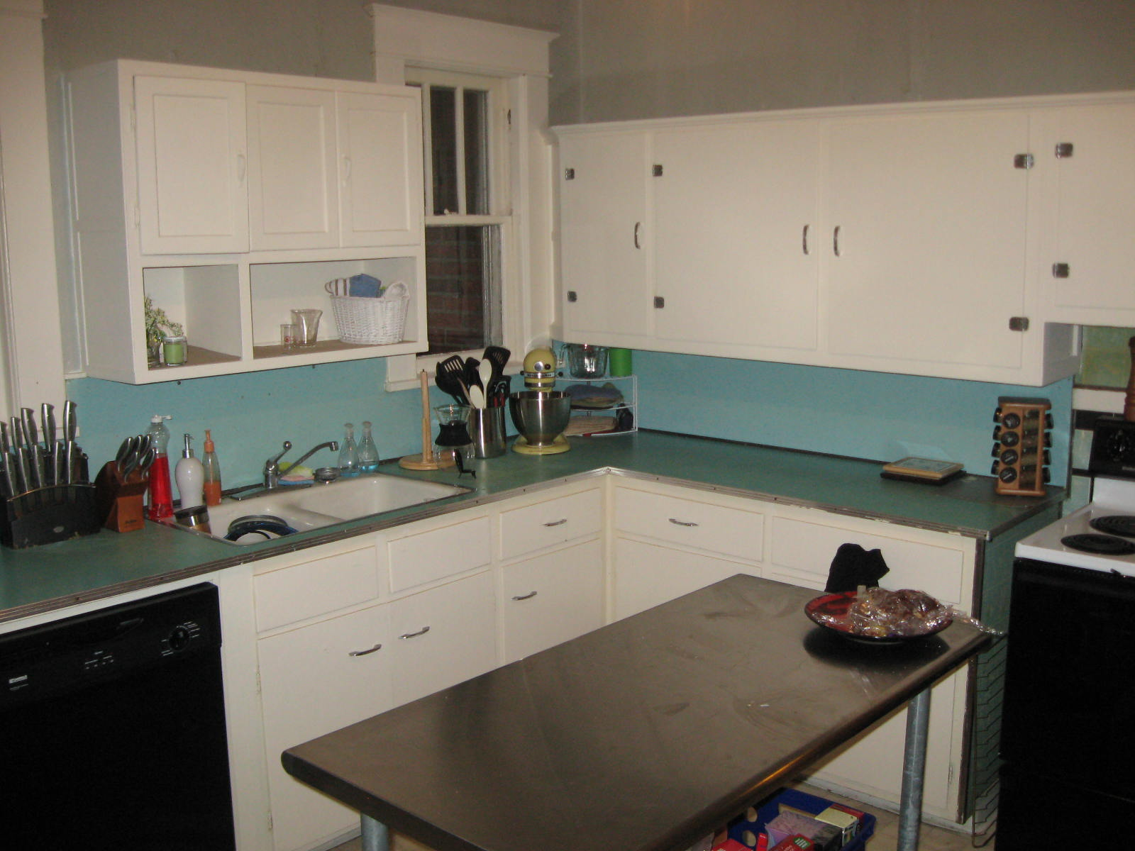 blue and green kitchen finally finally col tempo 4800